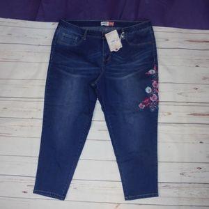 Cherokee Women's Plus Jeans A05-03